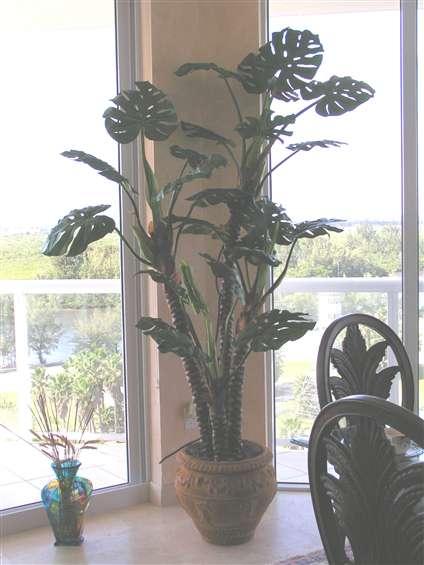 Artificial silk tree