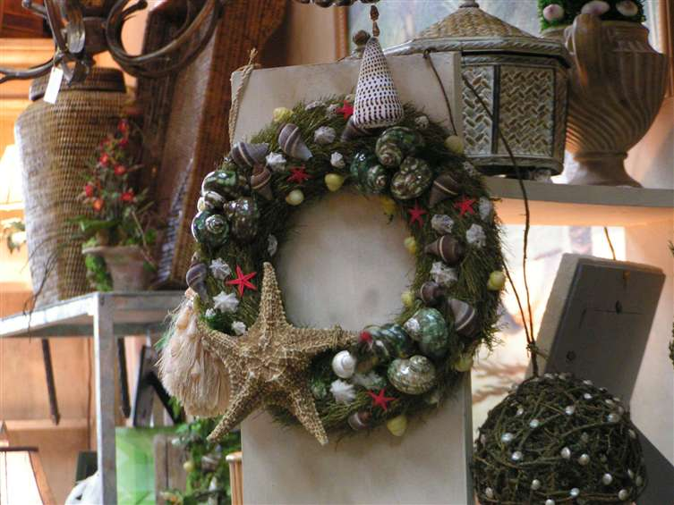 Marine wreath