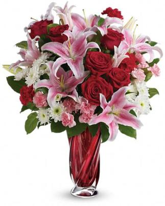 Valentine Roses: Lilies And Roses In Glass Vase