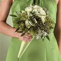 wedding bridal bouquet green scheme
